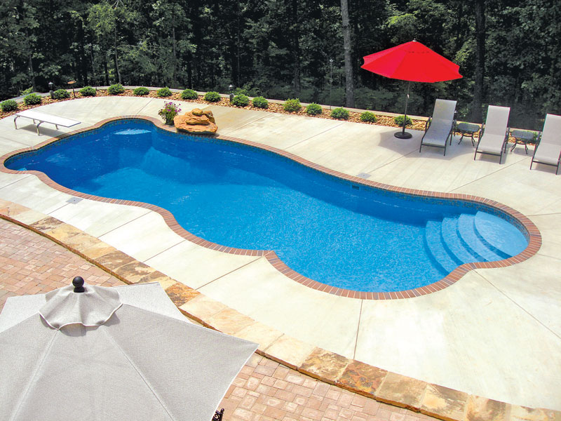 how to choose above ground or in ground pool - Above Ground Fiberglass Swimming Pools