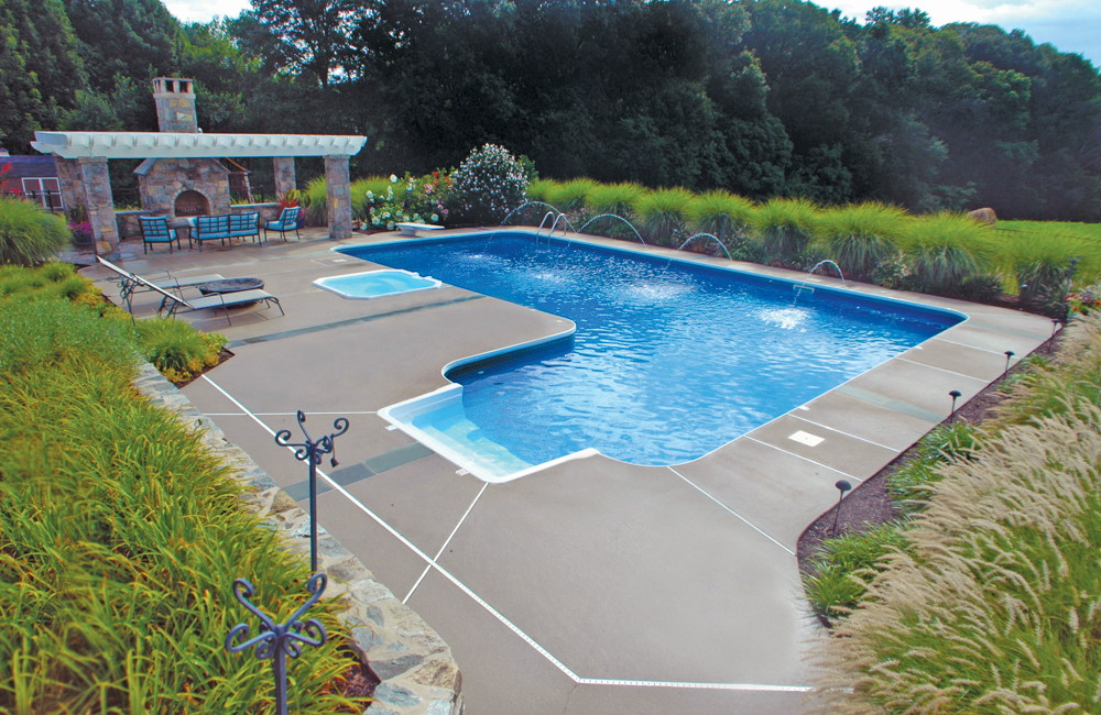Are You A Square Choosing The Perfect Shape For Your Swimming Pool Brothers Pool Blog